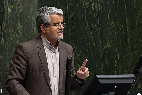صادقی: چه کسی مسئول این خونریزی هاست؟ وزیر کشور پاسخ دهد