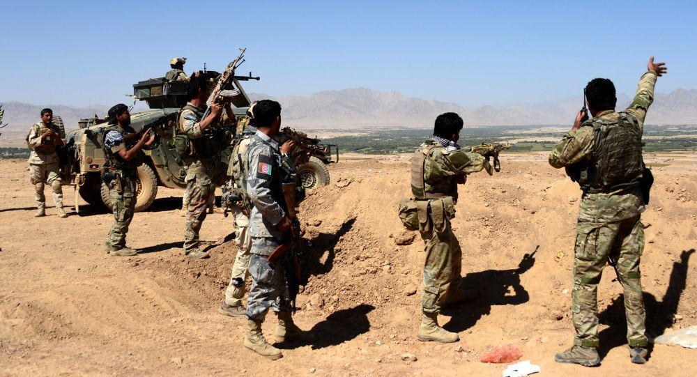 خبرنگاران امضای توافقنامه بین آمریکا و طالبان به نفع افغان ها یا آمریکا